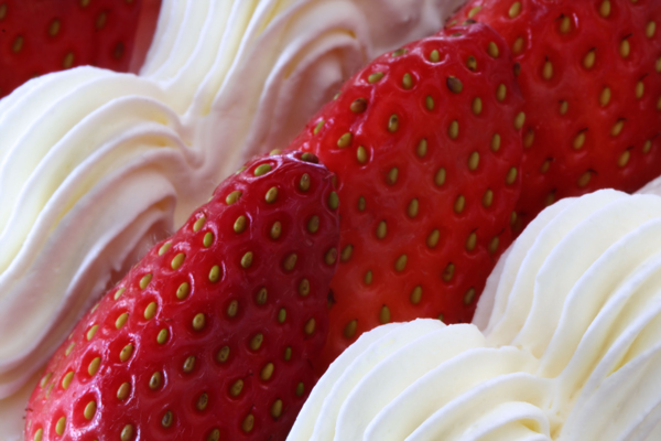 Strawberry - Communication Dividend